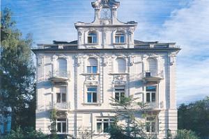 Stilbau_Wiesbaden_HGI_Die_Makler